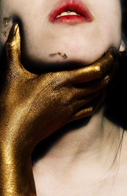 all that glitters is not gold.