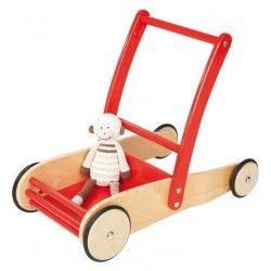 ♡Pinolino Loopwagen Uli♡   Deze stoere loopwagen is uitermate geschikt om te leren lopen vanwege het remsysteem. Knuffels, poppen, autootjes kunnen er allemaal mee vervoerd worden. (De knuffel op de foto is niet inclusief!)  Door de rubberen banden beschadigt de vloer niet. De afmetingen van de wagen zijn L56 x B32 x H45 cm, de hoogte van de duwstang is 45 cm.   Geschikt voor kinderen van ongeveer 1 tot 6 jaar.  ~Pinolino~