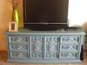 Blue tv stand! Junk in the Trunk: From Drab to Fab - Antique dresser to Unique tv stand