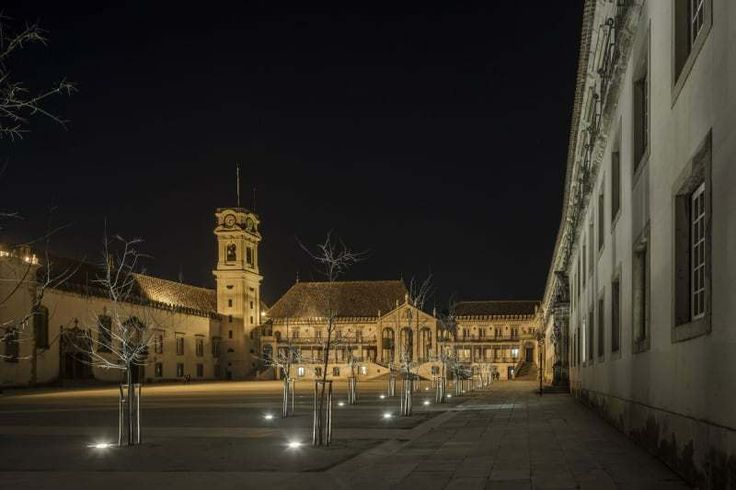 Pátio das Escolas in Coimbra / Gonçalo Byrne + BB Architects