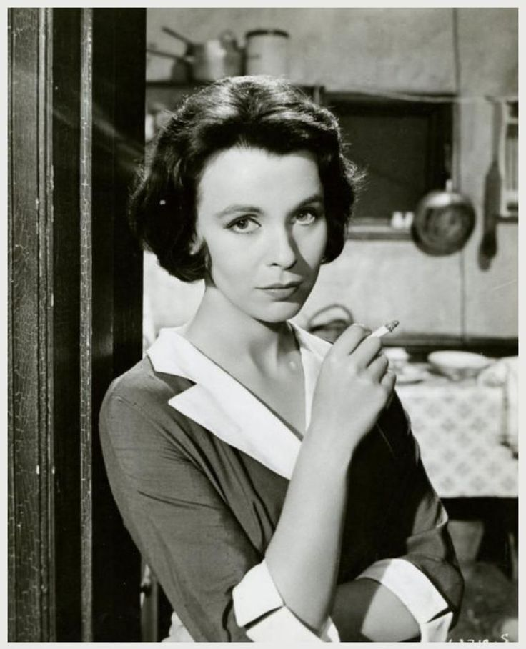Claire BLOOM (b. 1931) * AFI Top Actress nominee. Notable Films Part 1 of 2 1950s & 60s: Limelight (1952); Richard III (1954); Alexander the Great (1956); Look Back in Anger (1958); The Buccaneer (1958); The Brothers Karamazov (1958); The Wonderful World of the Brothers Grimm (1962); The Haunting (1963); The Outrage (1964); The Spy Who Came In From the Cold (1965); Charly (1968); The Illustrated Man (1969)...