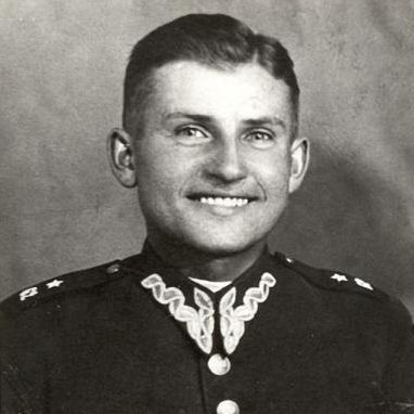 Polish colonel Łukasz Ciepliński. In September 1939 he was serving in the 62nd Infantry Regiment; decorated with Virtuti Military for destroying 6 German tanks. His other decorations: Bravery on Battlefield Cross and Order of White Eagle (this one 56 years after his death). During German occupation in underground forces. After 'liberation' arrested by NKVD, tortured, sentenced to 5 death penalties plus 30 years. Executed in 1951.