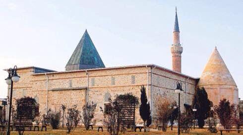 Güneşin koşarak doğup hüzünle battığı güzel belde BEYŞEHİR'deki Eşrefoğlu Camii