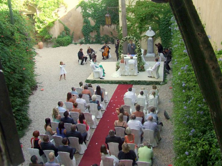 italy_castle_wedding_ceremony