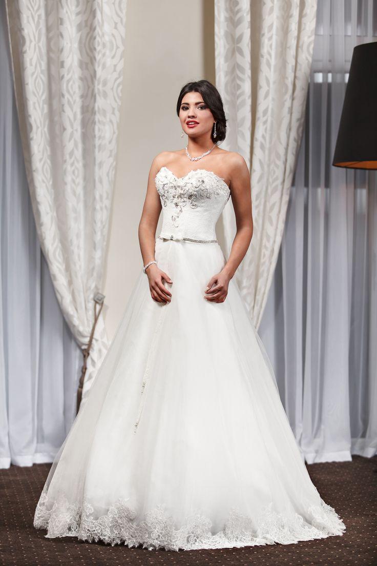 2016 Classic Collection Weddding Dress Maxima Bridal  47.16