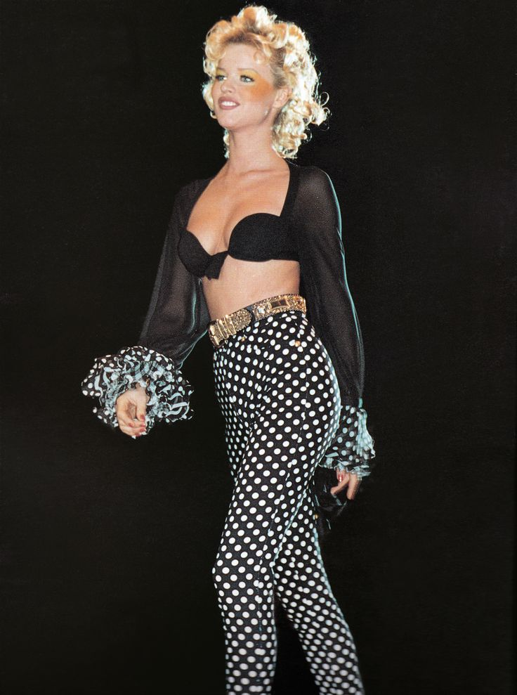 Miami Assortment | Gianni Versace Lookbook NR. 24 | RTW S/S 1993 — with Eva He…