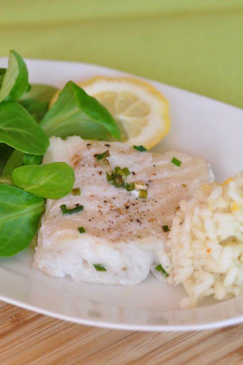 Pour un plat sain, équilibré et vraiment facile à réaliser, je vous propose du poisson cuit en basse température. L'avantage de ce type de cuisson est d'éviter le dessèchement et donc de garder le moelleux de la chair. Le temps de cuisson est assez long...