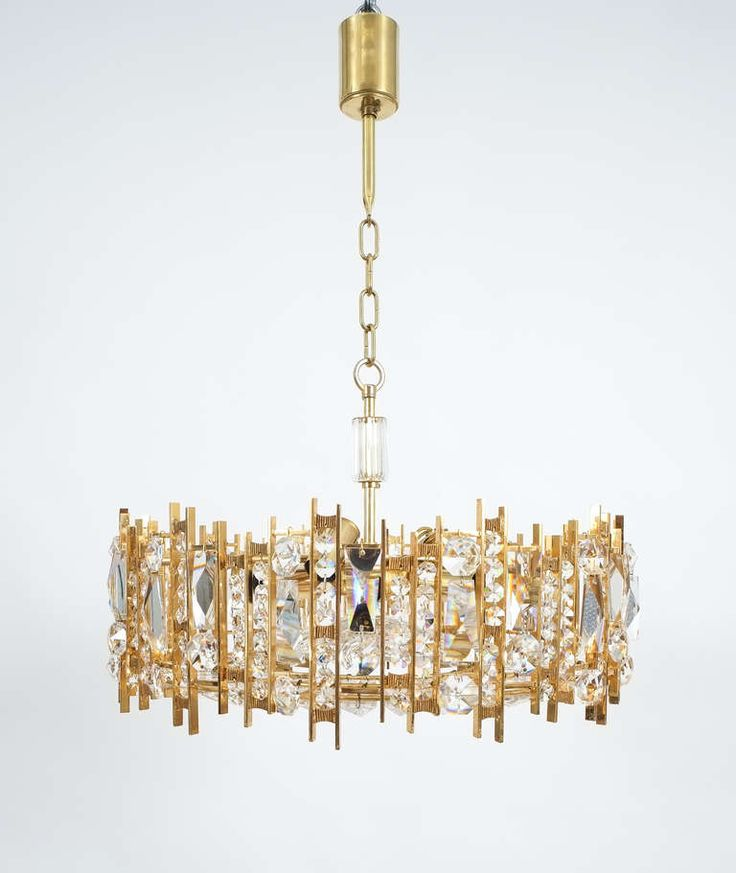1000 ideas about modern crystal chandeliers on pinterest crystal chandeliers chandeliers and - Unique crystal chandeliers ...