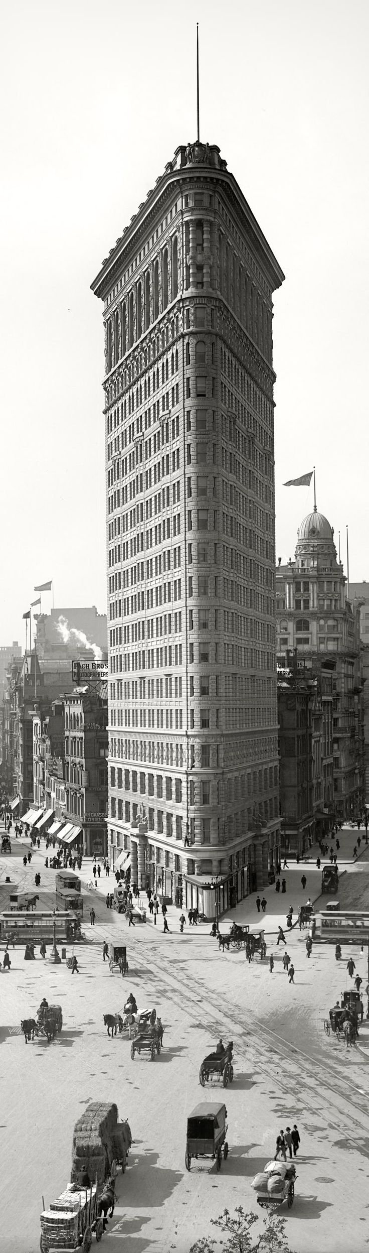 Flatiron Building, New York City, 1902. Architects: Daniel Burnham, Frederick P…