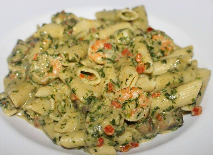 Pasta met garnalen, spinazie en room