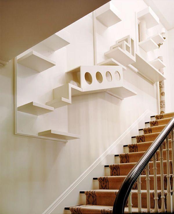 California-based designer Schuyler Samperton designed this fantastic cat shelves and stairs for a house in Hancock Park, Los Angeles.