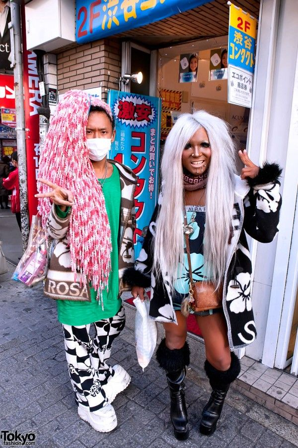 visual kei or gangro boy??? ... http://tokyofashion.com/old-school-ganguro-alba-rosa-in-shibuya/