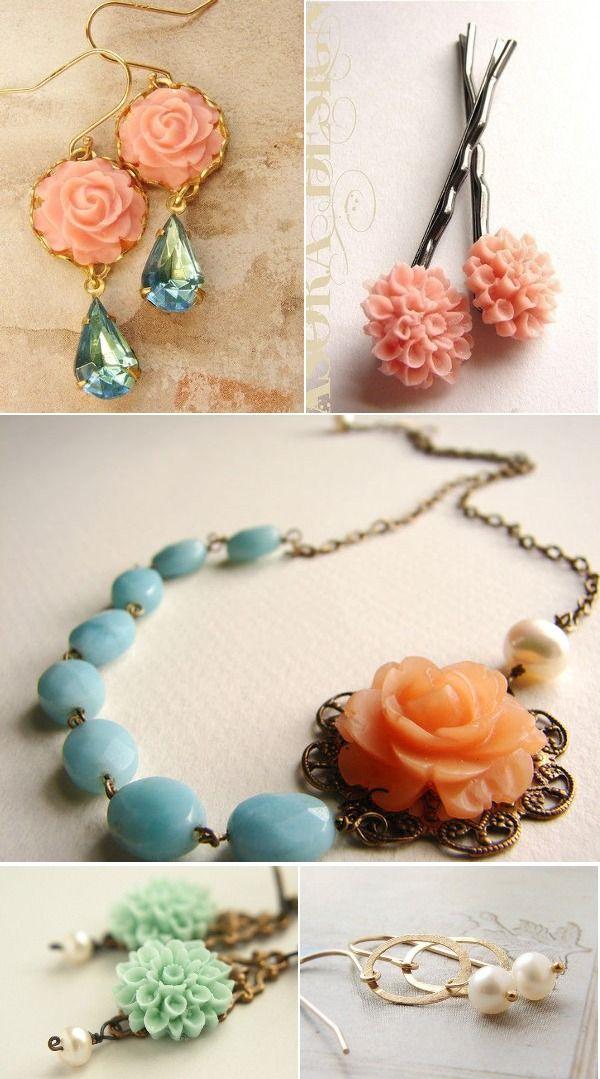 vintage floral jewlery: Style, Wedding Vintage, Bridesmaid Dresses, Vintage Floral, Necklaces, Jewelry Ideas, Floral Jewlery, Floral Jewelry, Vintage Jewelry