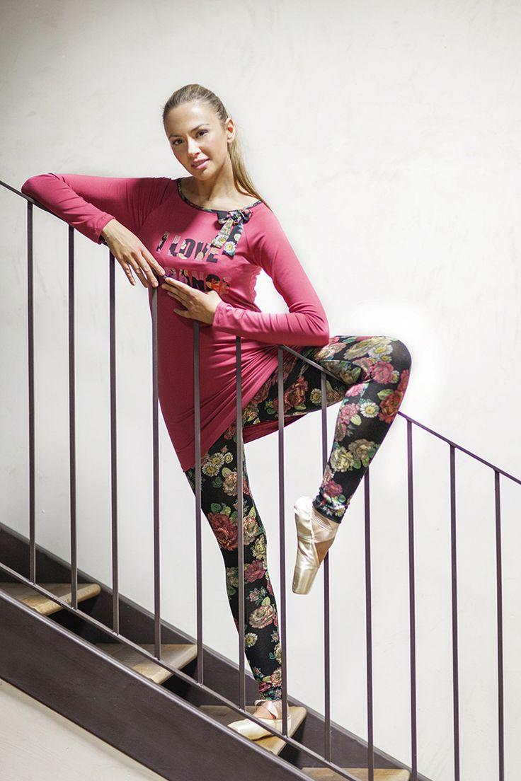 PEPITA NIGHT & DAY F/W 2014-15 - Fame Style: Completo maglia e leggings in maglia leggera con stampa floreale e applicazione fiocco #pepita #night&day #fallwinter #fashion #stylish #fame #flowers