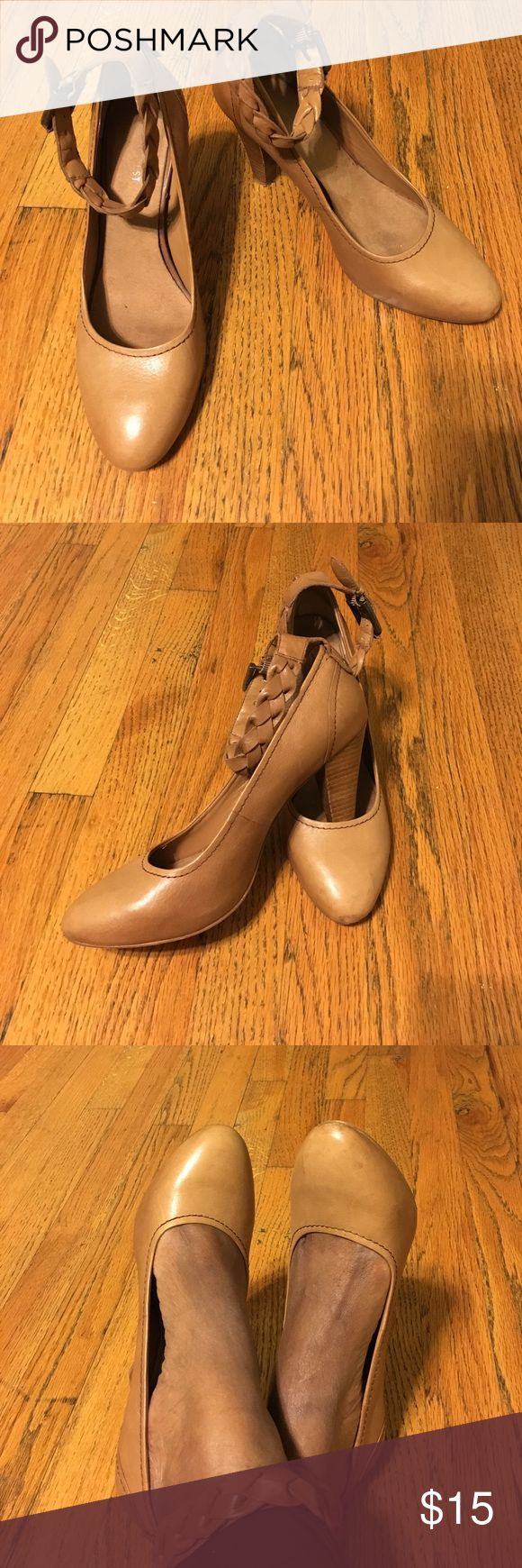 Nine West Heels with Ankle Straps - Sz 8 Nine West Tan Leather Heels with Ankle Straps - Sz 8. See photos for details of pre-owned condition. Nine West Shoes Heels