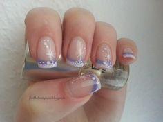 Feel the beauty inside: Nageldesign Winter French in weiß lila + Glitzer m...