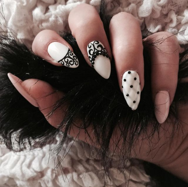 Quilted+Nails+Are+The+Coolest+New+Trend+You+Can+DIY+In+Seconds  - Seventeen.com