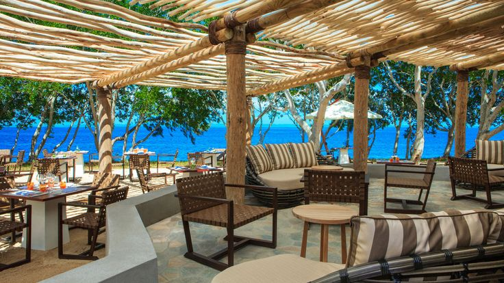 Sheraton New Caledonia Deva Spa and Golf Resort - Sand Beach Grill