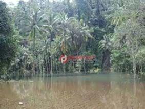 Diterjang Banjir Lahar, Hektaran Lahan Jadi Danau Dadakan - http://denpostnews.com/2017/12/13/diterjang-banjir-lahar-hektaran-lahan-jadi-danau-dadakan/