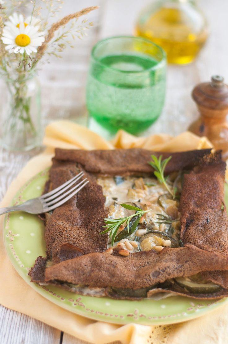 Galettes de sarrasin à la fondue de courgettes et « fromage » végétal ( Sans Gluten, Sans Lait, Sans Œufs, Vegan, IG Bas )