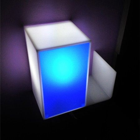 9 best images about comodino in plexiglass luminoso on for Arredamento roma est