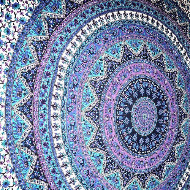 Round Totem Pattern Beach Towel Yoga Mat Tippet Chiffon Tablecloth