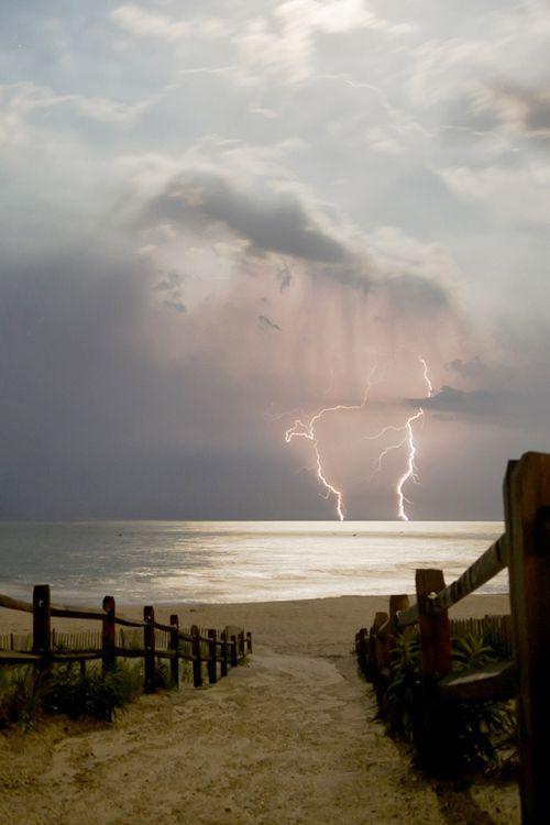Ocean Lightning, Long Beach Island, New Jersey photo via missys