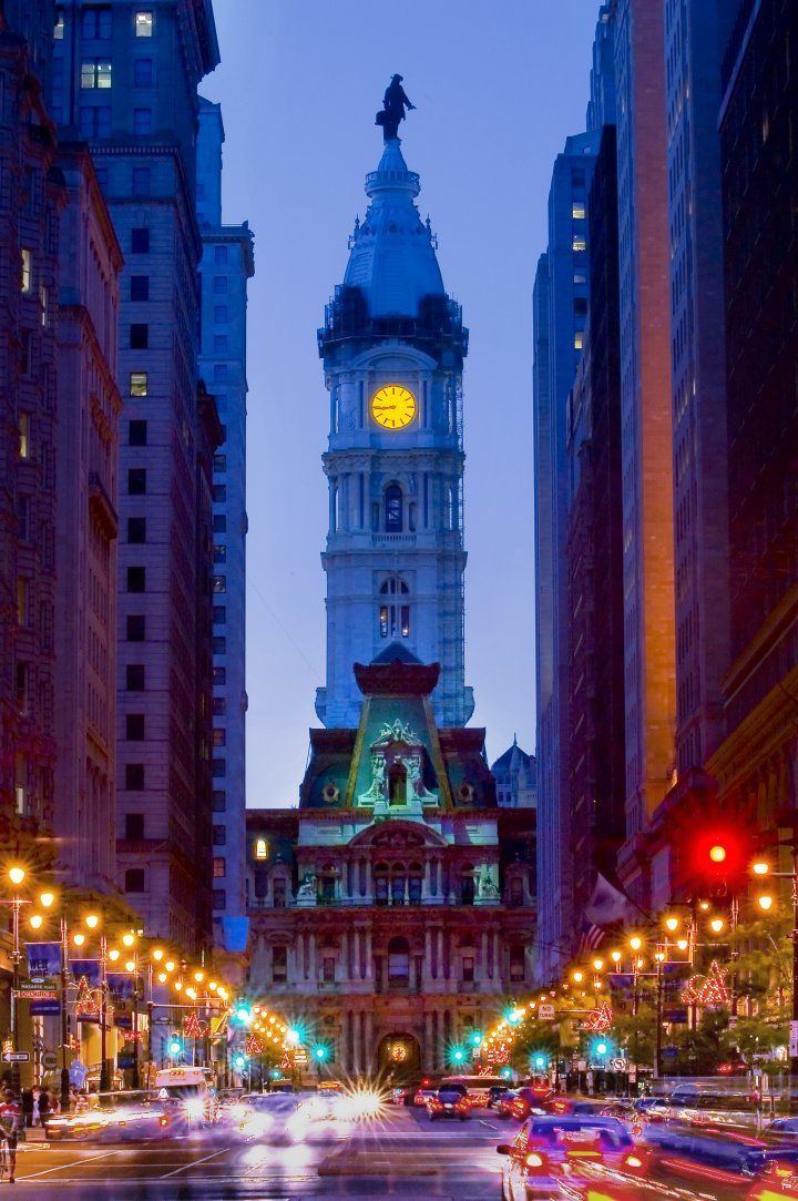 Philadelphia's City Hall at night