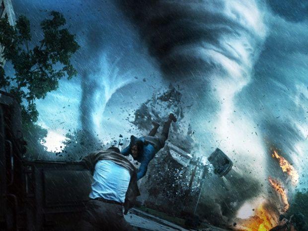 En el tornado: la cinta que muestra el fenómeno climático por dentro...|Excelente!!!