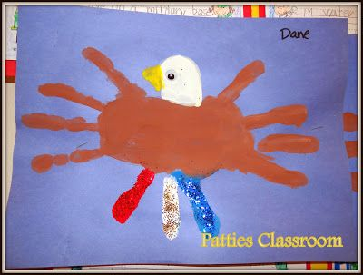 #Veterans Day Handprint Eagle Art and Activities for Kids. Check them out on my blog! #PattiesClassroom