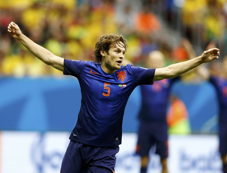 Everything you need to know about Man United new boy Daley Blind is right here - http://www.squawka.com/news/everything-you-need-to-know-about-manchester-uniteds-new-signing-daley-blind/169406 #MUFC #ManUtd