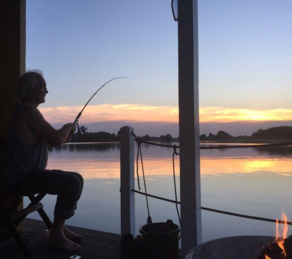 Relax auf dem Bunbo #Bunboland #Hausboot #Hausbootverleih #outdoor #Angeln #Brandenburg #Bunbo #Reisen
