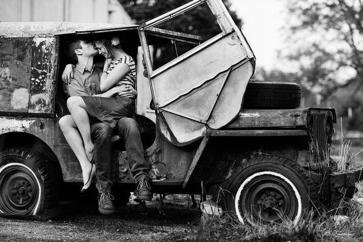 Couple: Engagement Pictures, Engagement Photos, Couple Photos, Cars Engagement, Engagement Poses, Mike Engagement, Love Photography, Couple Photography, Engagement Photography
