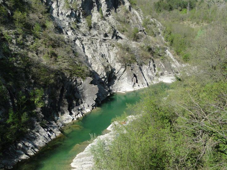 Buca dell'americano fiume Santerno