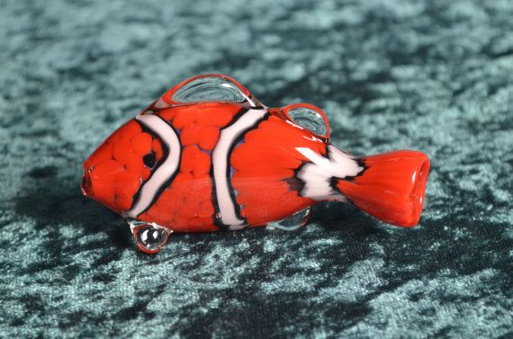Clownfish Pipe~3 inches long~One of a Kind invention by ZU Glass~ Chillum~One Hitter~Onie~Nemo is a Clown Fish