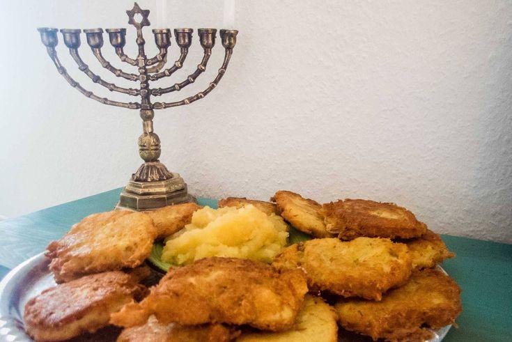 Kartoffel Latkes mit Apfelmus zu Chanukka