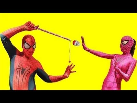 Девушка паук и Человек -паук против магии Киндер Сюрприза