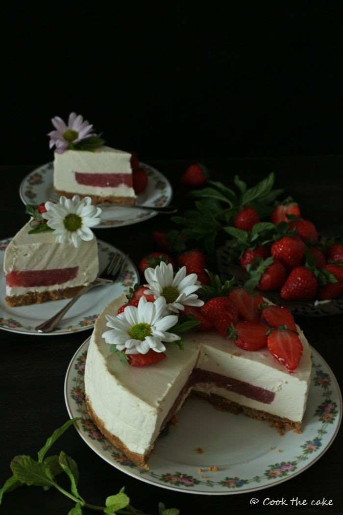 Cook The Cake Tarta Mousse De Kéfir Yogur Griego Y Gelatina De Fresa Reto Alfabeto Dulce Gelatina De Fresa Gelatina De Yogurt Griego Recetas De Postres Sin Horno
