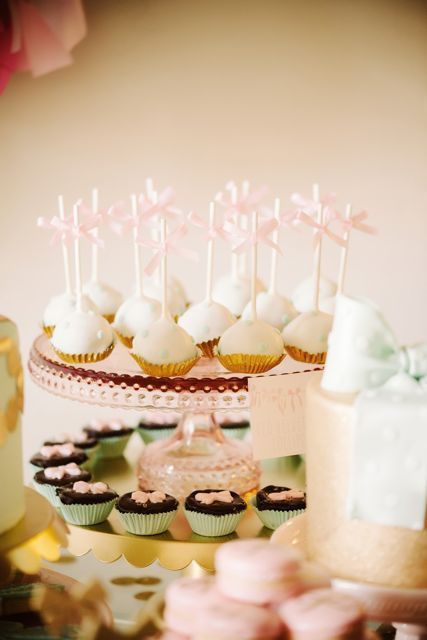 adorable bow themed party