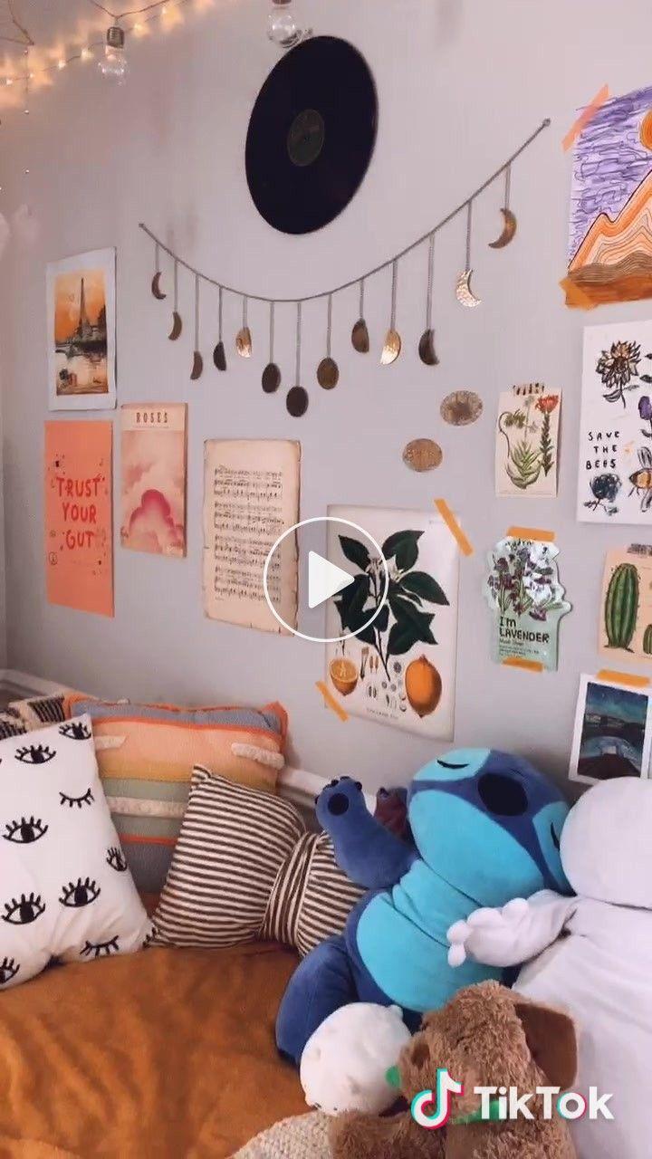 Em Anyonewantamango On Tiktok An Updated Room Tour Foryou Retro Bedrooms Room Ideas Bedroom Dorm Room Inspiration