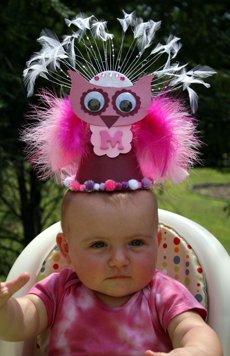 Pink Owl Party Hat. Love this!!! But doubtful my 9 year old would wear anything close to this at her party :-(