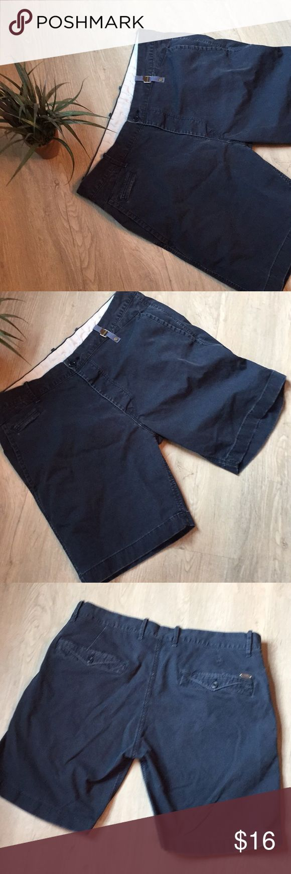 Men's shorts size 36 Good shape navy inseam 9 Diesel Shorts Flat Front