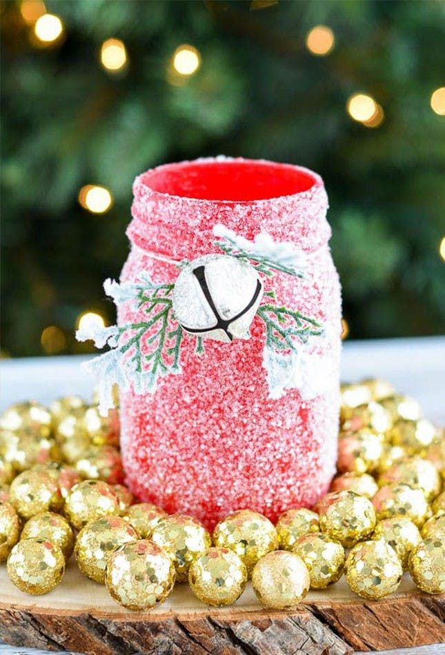 20 DIY Christmas Yard Decorations to Deck Out Your Outdoor Space via Brit + Co