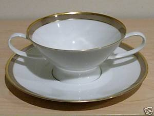 Rosenthal Gala Brown circa 1970's. Mother's china pattern, lovely!