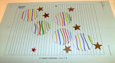 Dvorah et Françoise sont dans un bateau...: Noël : activités graphiques (3) : les boules