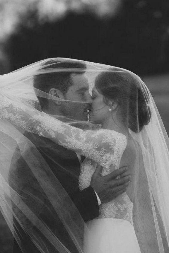 Wedding Kiss Photos / http://www.deerpearlflowers.com/epic-wedding-kiss-photos-of-all-time/2/