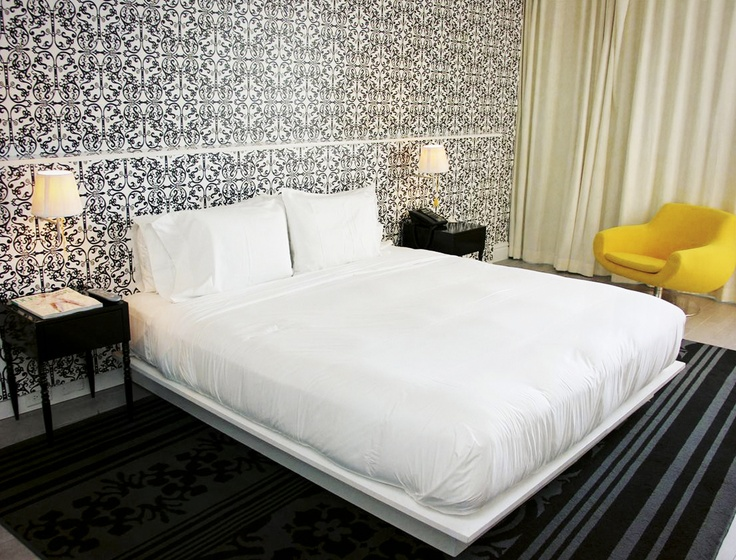 Miami Beach. MONDRIAN 809 Apartment. From 63,14 € person/night. Up to 4 people.