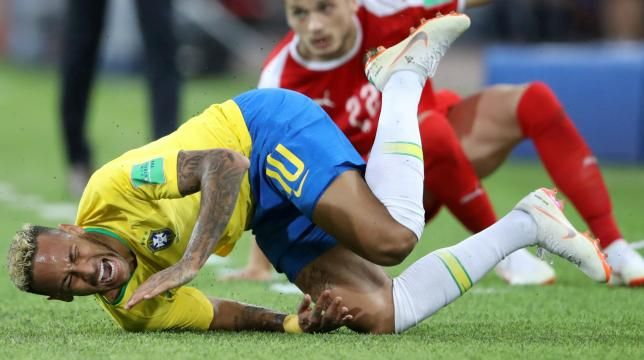 When you are 25 years old and play for brazil and barcelona, you wonder a little why he has come to france to play against guingamp. I Call My Luggage Neymar Mocks Cantona Neymar Fifa World Cup Russia World Cup
