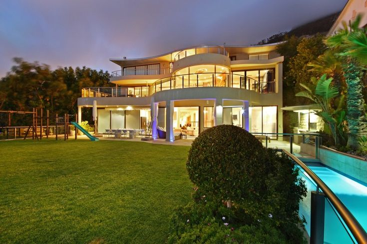 5 Bedroomed house for sale in Fresnaye - A statement in style http://www.jawitz.co.za/property/109071