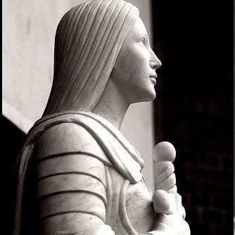 Il coraggio di guardare il cielo: Santa Giovanna d'Arco modello per i cattolici impe...